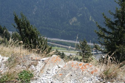 Blick auf die Brennerautobahn knapp 1000m unter uns